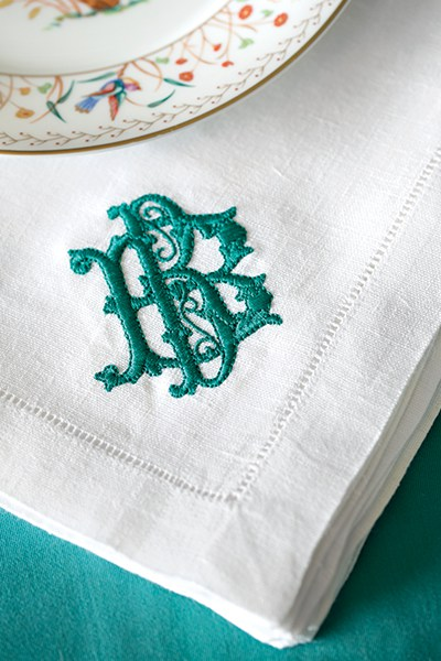 Jennifer Boles gravitates toward traditional design elements—chinoiserie, animal prints, and beautifully stitched monograms to name a few.