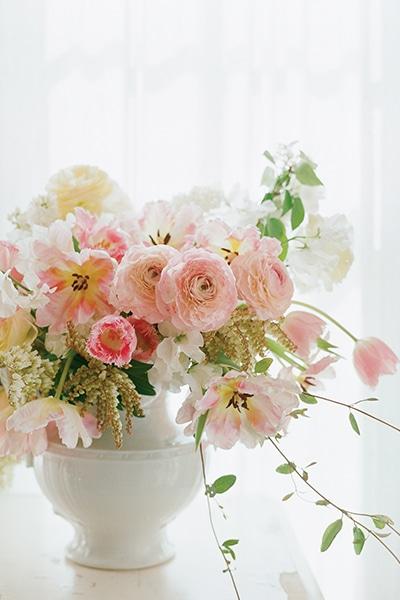 Favorite tulip arrangements flower magazine for Japanese flower arranging crossword clue
