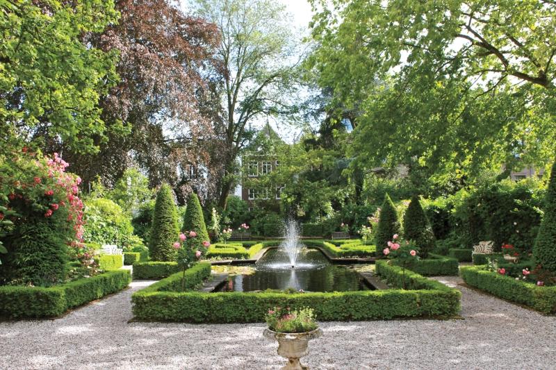 public Amsterdam garden