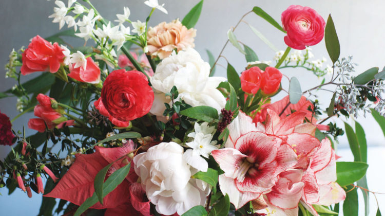 Pics Of Flower Arrangements christmas flower arrangements - flower magazine | home & lifestyle