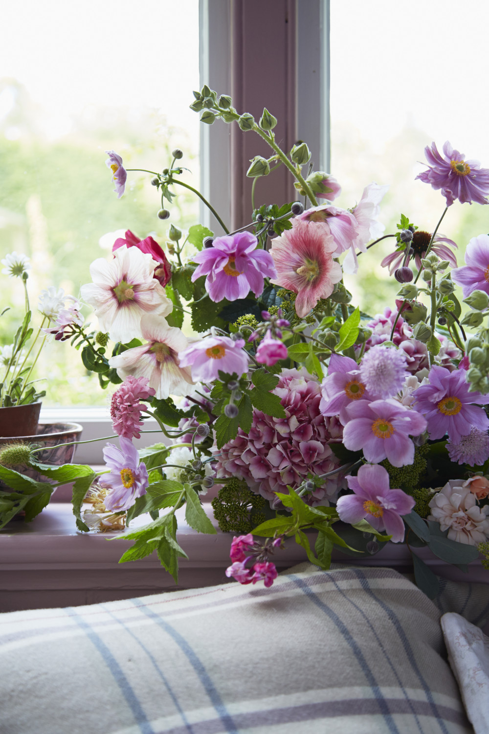floral arrangement by Willow Crossley
