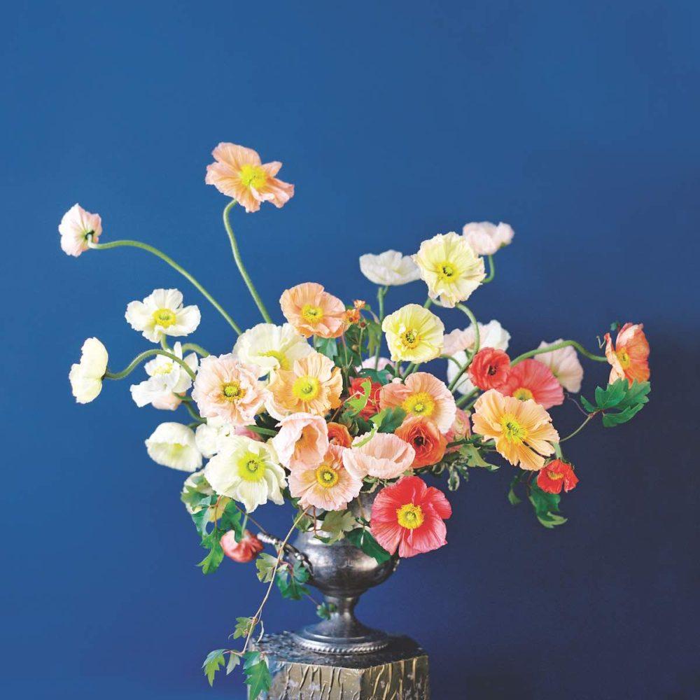sarah winward, romantic flower arrangements