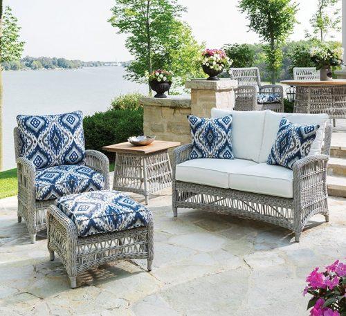 choosing outdoor seating, selecting outdoor furniture