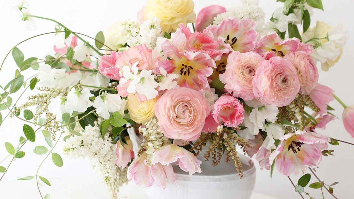 pink flower arrangements