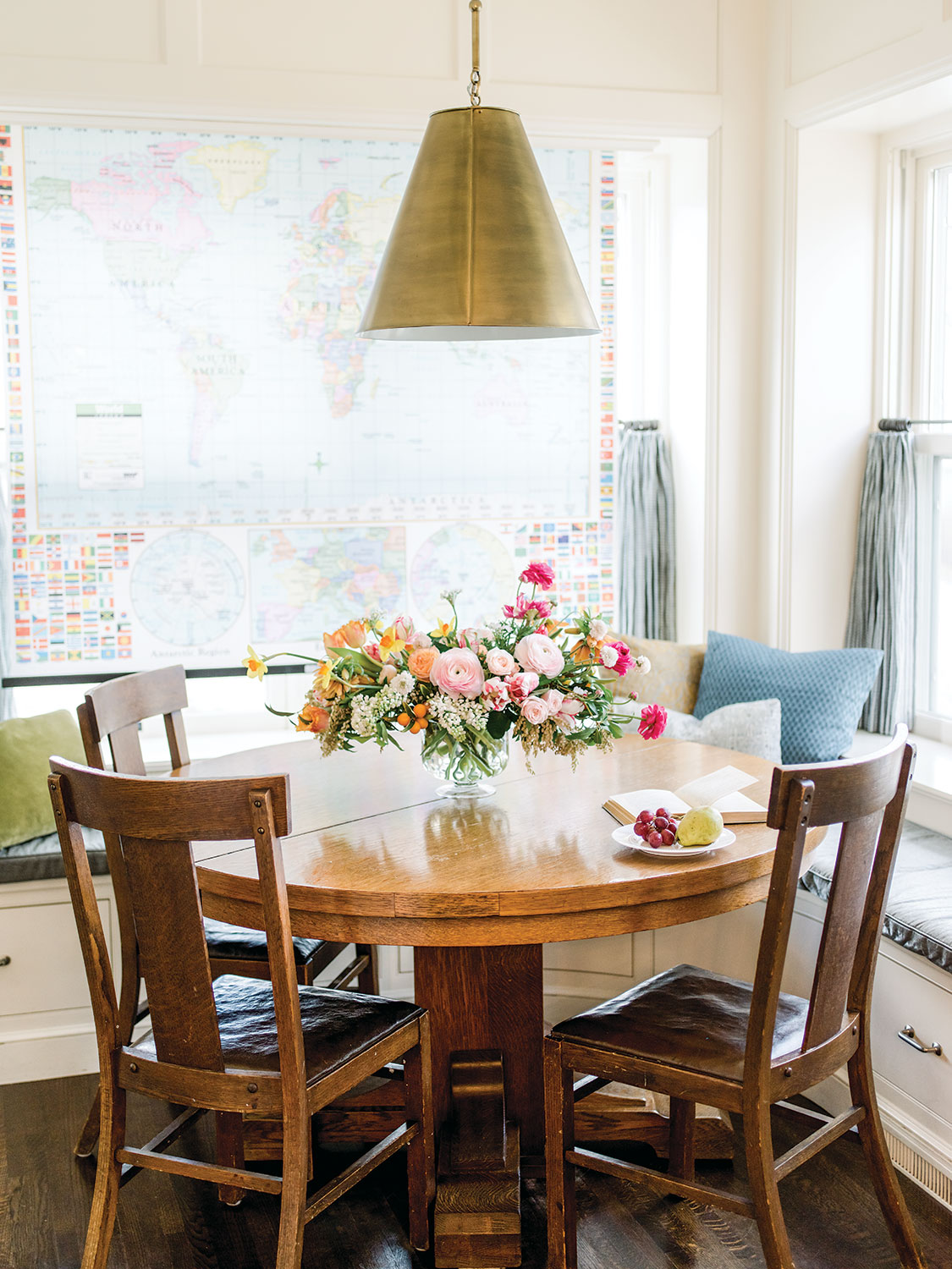 breakfast room, interior design by Alecia Stevens