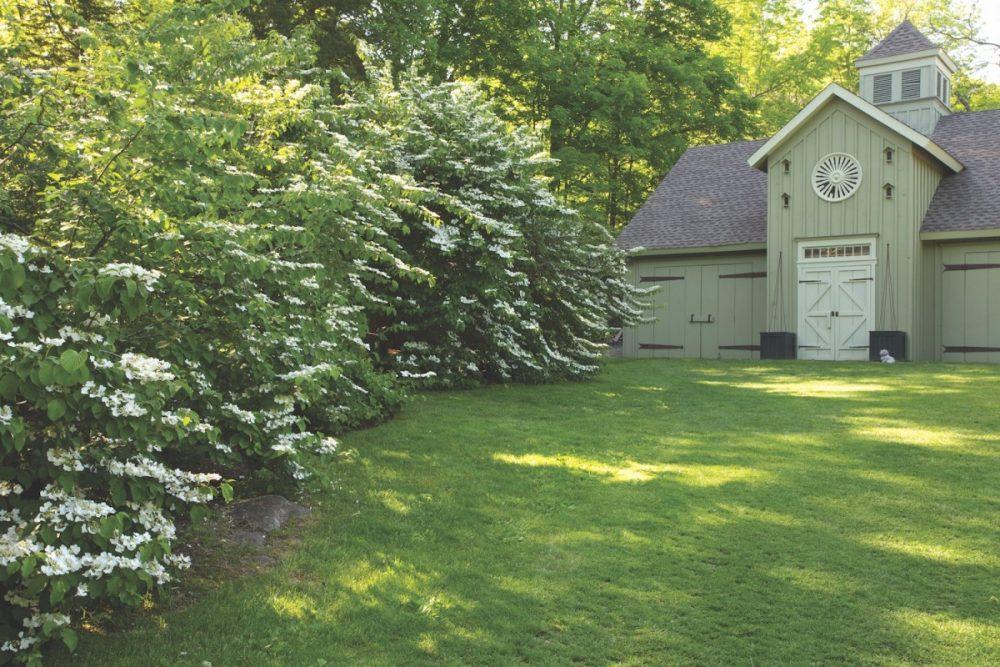 Bunny Williams garden, outbuildings