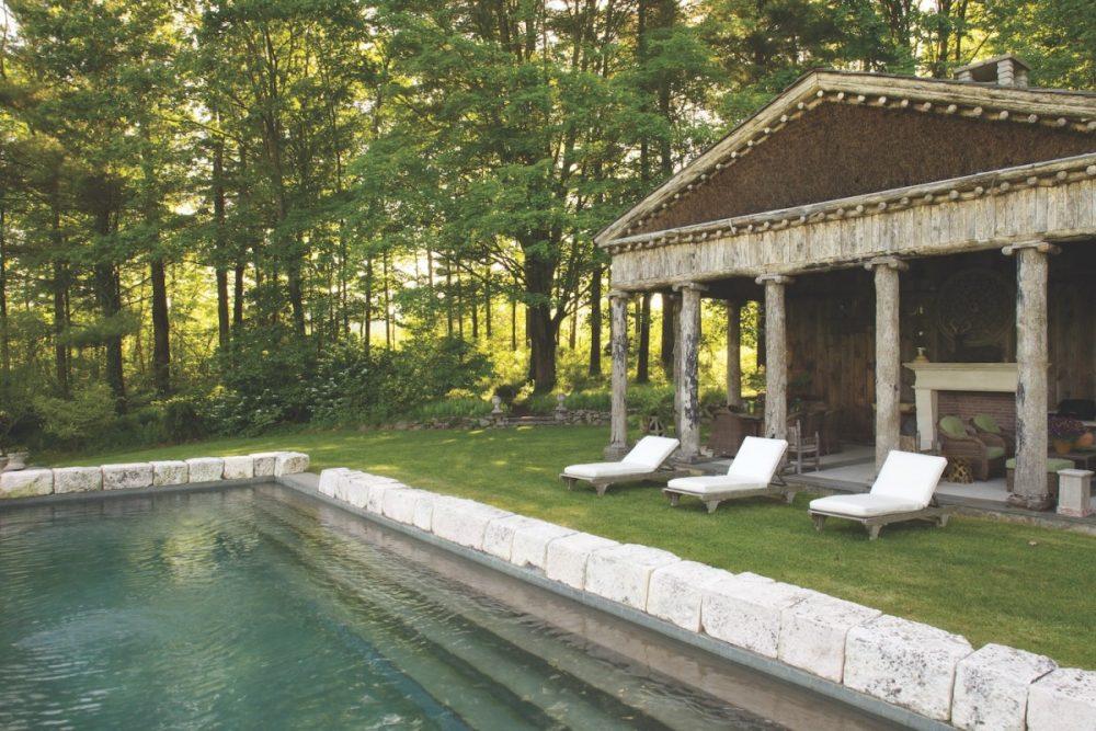 Bunny Williams garden, pool house