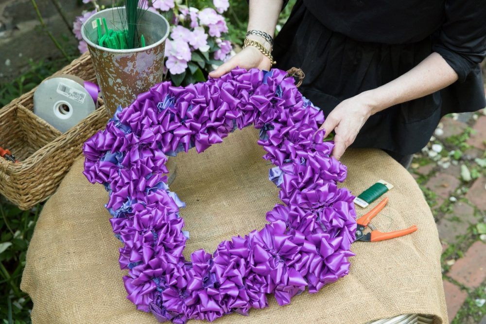 ruched ribbon garland for wreaths