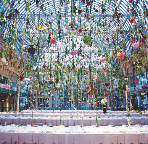 Rebecca Louise Law floral installation at Royal Opera House of London