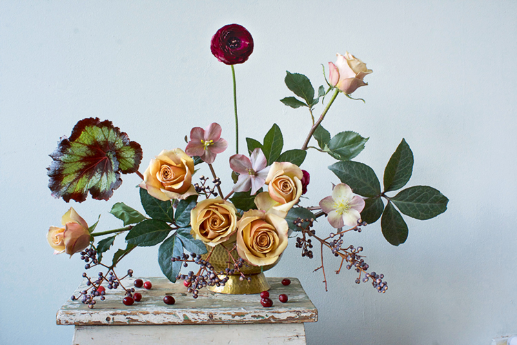 Modern Wedding Flowers -Floral arrangment featured in Blooms