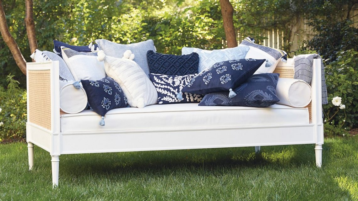 Cane Daybed