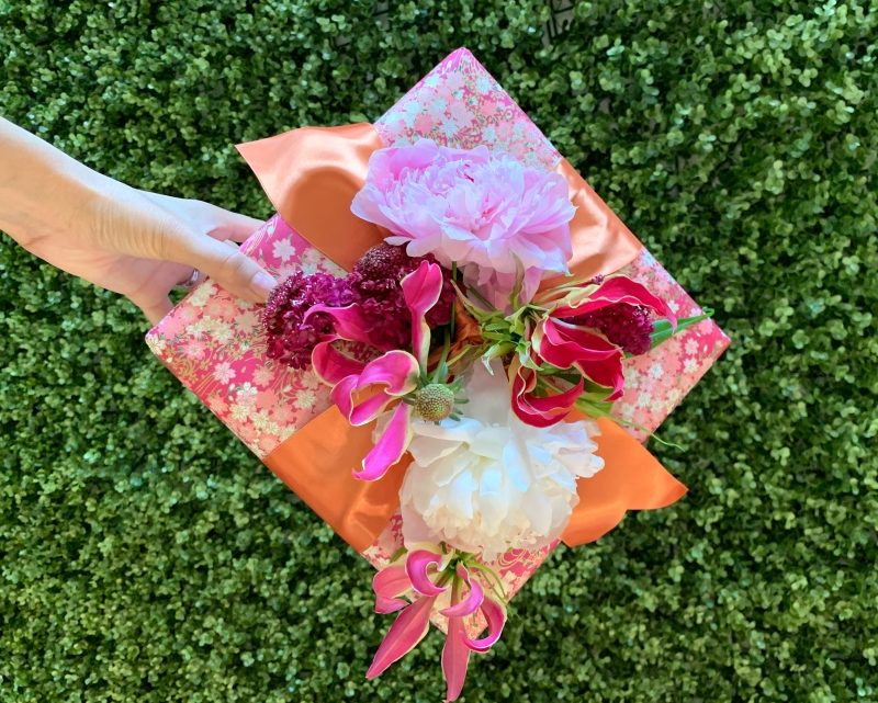 Decorate A Gift Box With Flowers For Mother S Day A Birthday Or A Shower