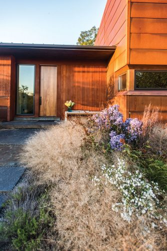 Dan Sternberg and Debbie Cooper's contemporary home, designed by architects Demetriades + Walker, in Hudson Valley