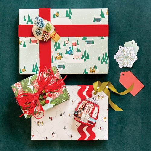 Snow-themed holiday gift wrap ideas