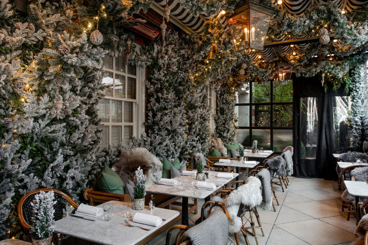 The Bloomsbury hotel's al fresco restaurant