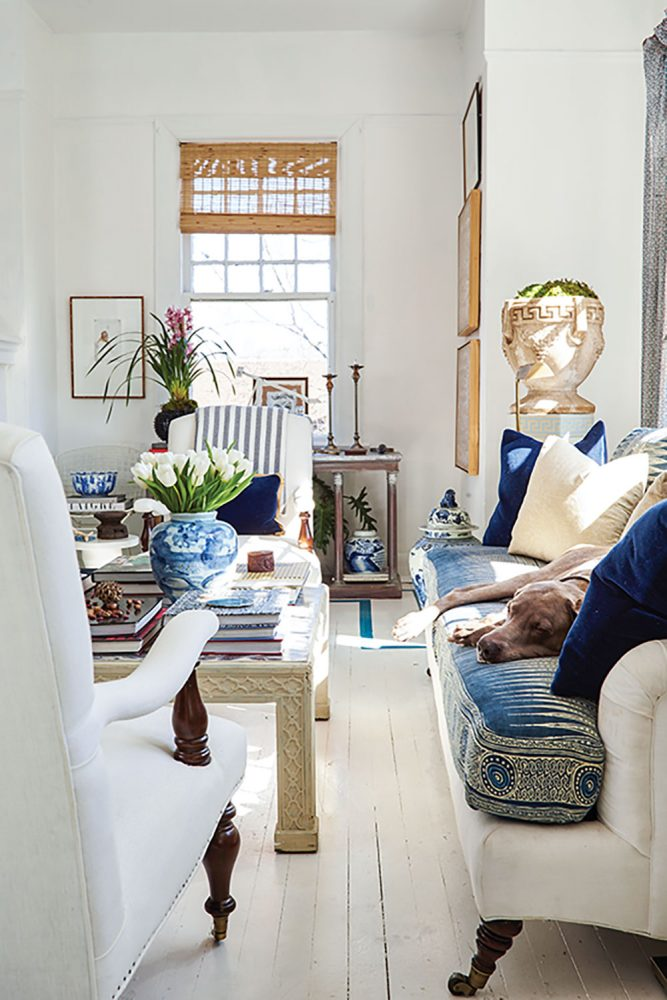 William McLure interior design, white sitting, mixing traditional and modern decor