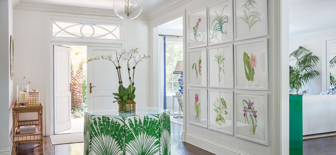 green and white Palm Beach foyer by Ellen Kavanaugh Interiors
