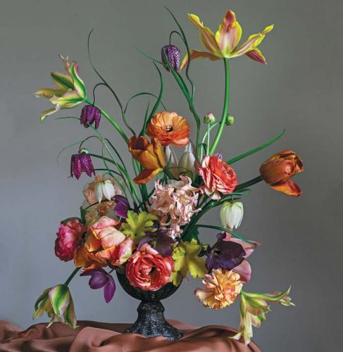 Tulip flower arrangement