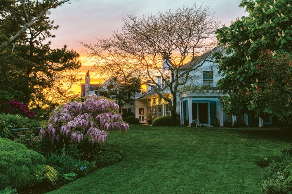 home and grounds of Oatsie Charles at sunset