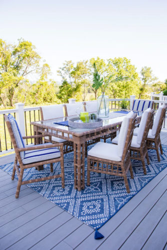 Outdoor Table Setting, blue-and-white table setting