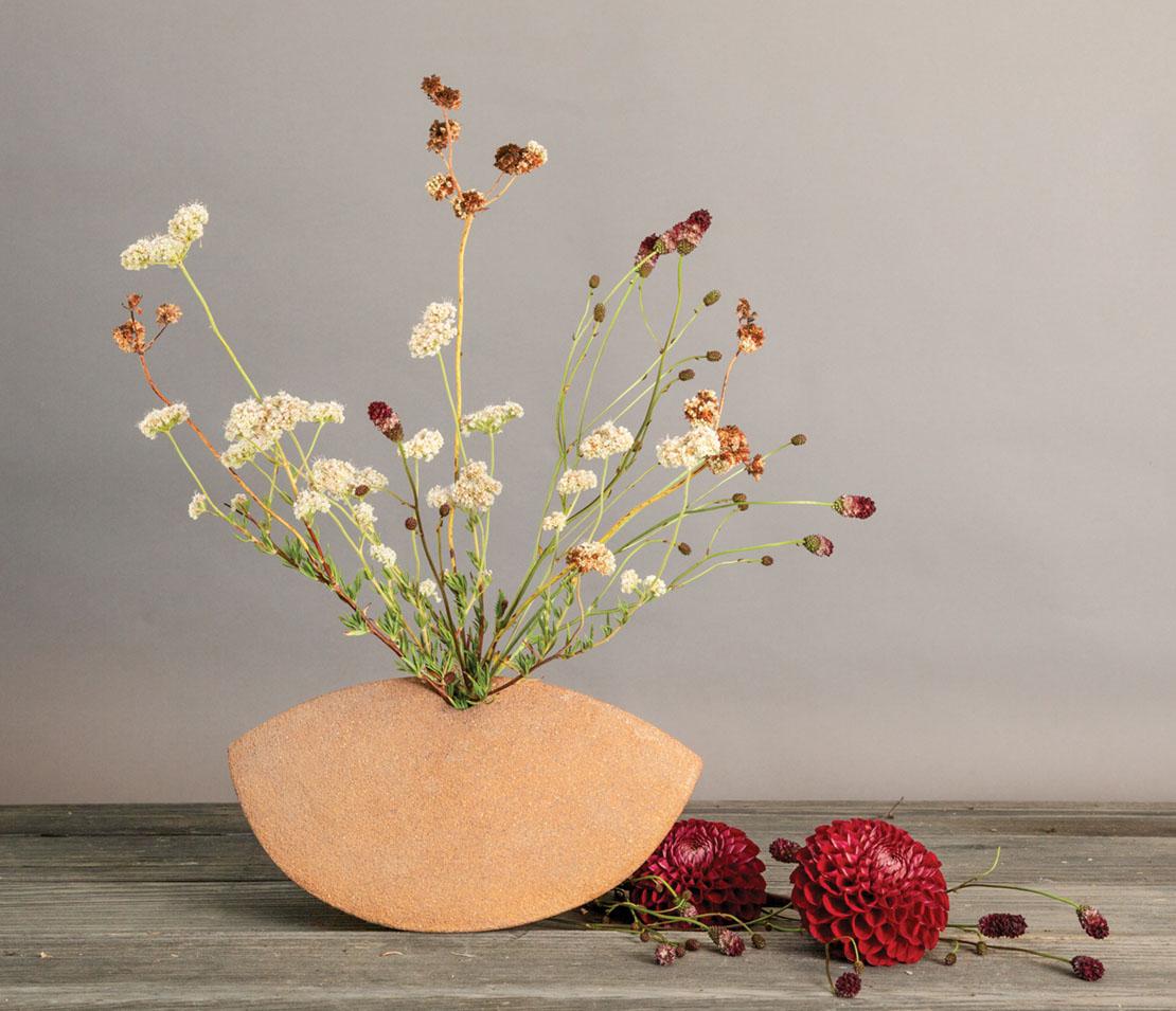 floral design by Holly Vesecky of Hollyflora,Ceramics vase by Josh Beckman of FBP Works