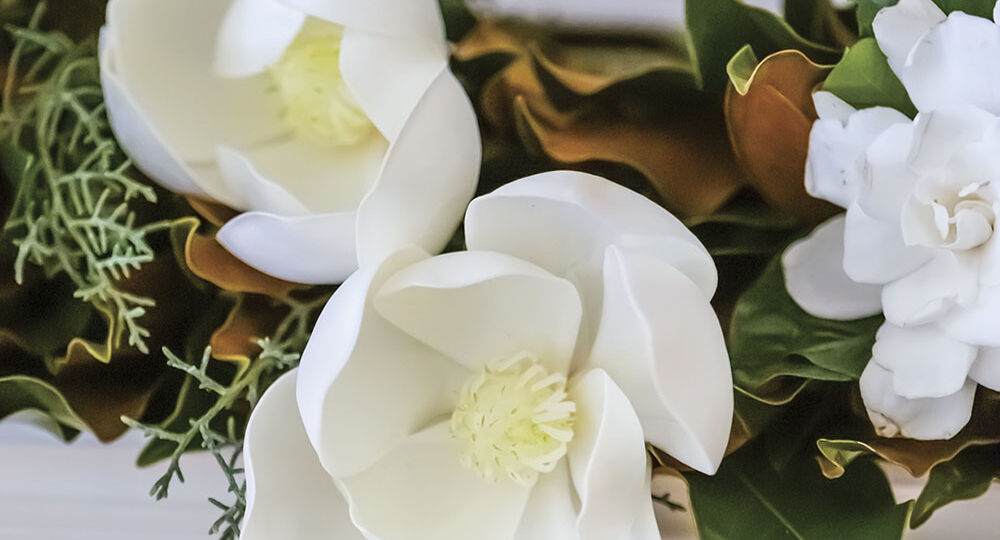 Faux-Magnolias-191218_0372