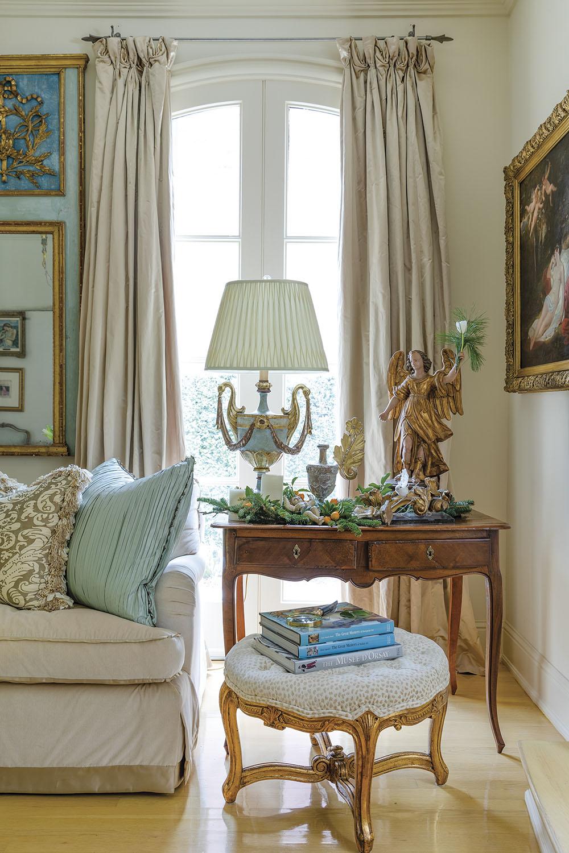 antiques, provencal style decor