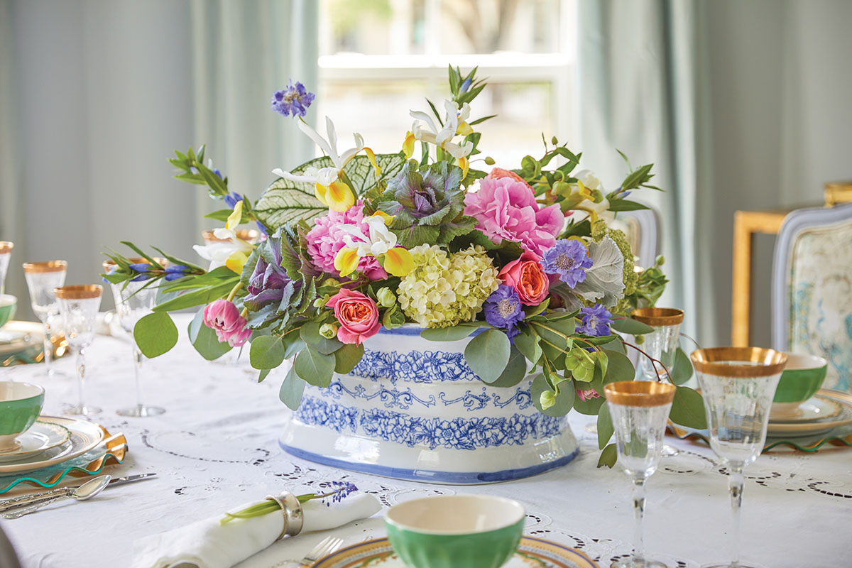 Spring floral arrangement for a dining table by The French Potager