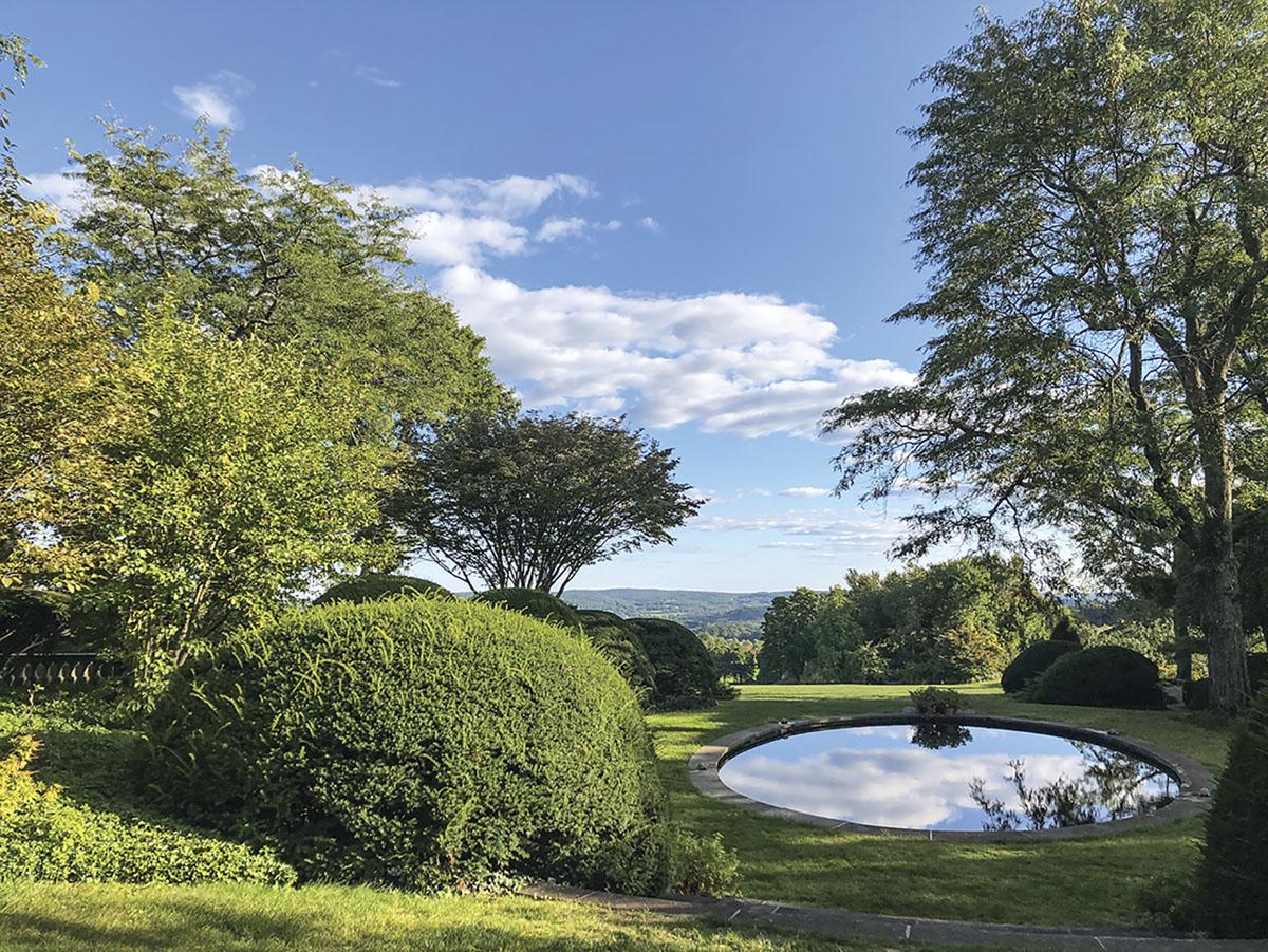 reflecting pool, vista