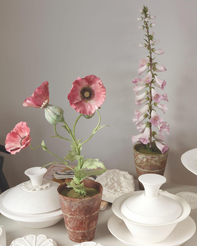 Vladimir Kanevsky, porcelain flowers.