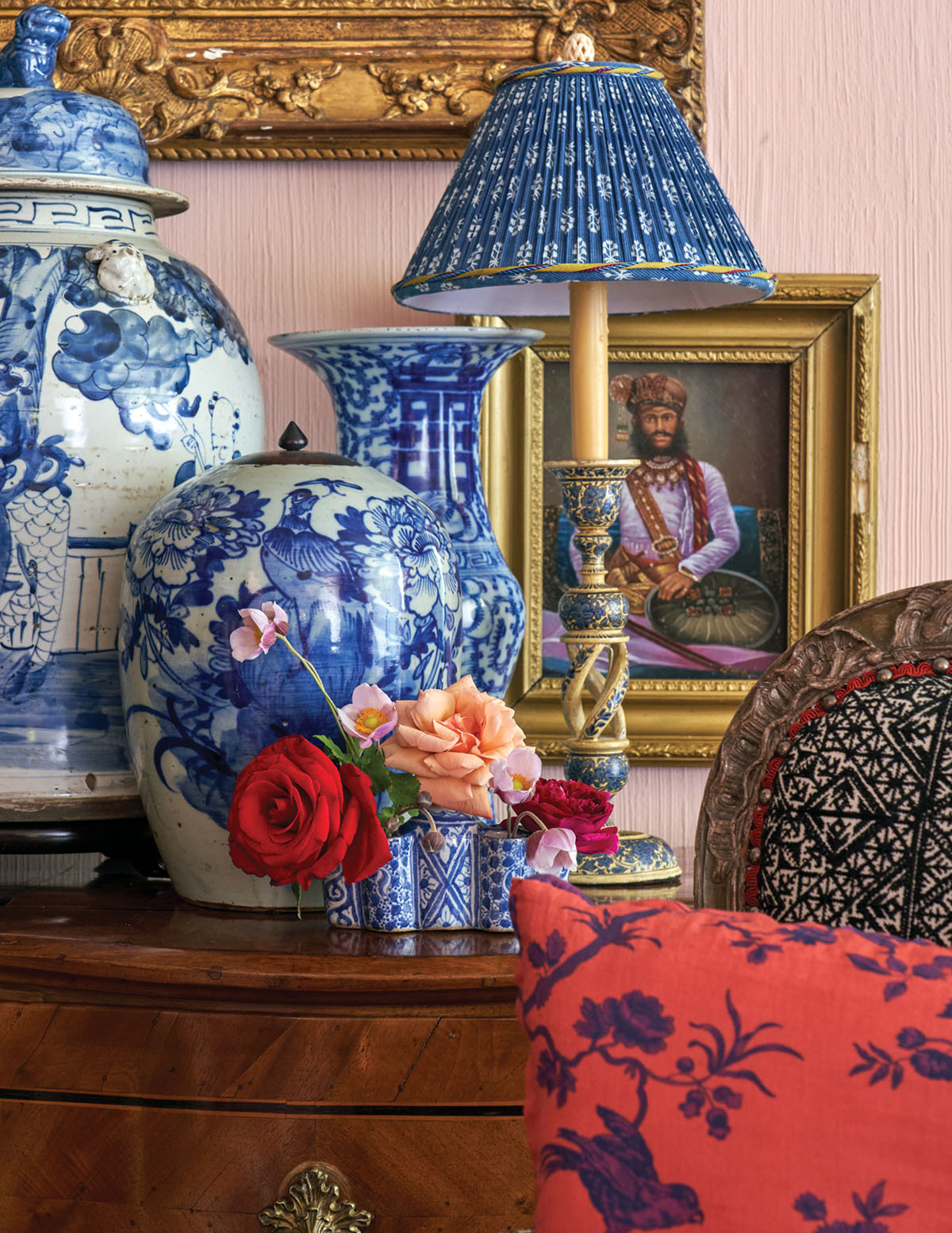 blue-and-white ginger jars, table lamp, and blue-and-white bud vase