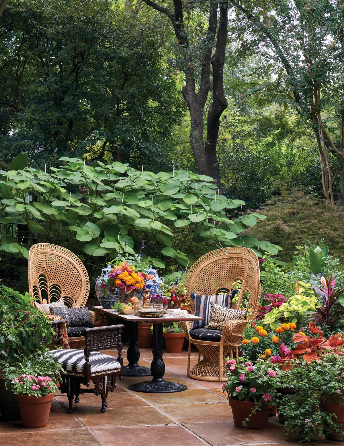 Michelle Nussbaumer's patio, outdoor furniture