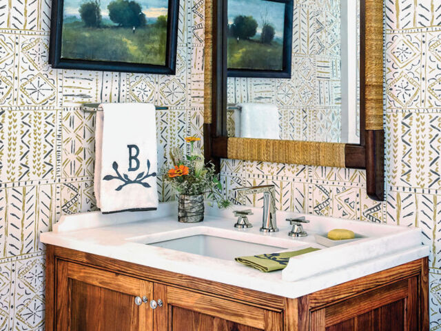 Flower magazine showhouse at Brierfield, guest bath sink vanity and mirror