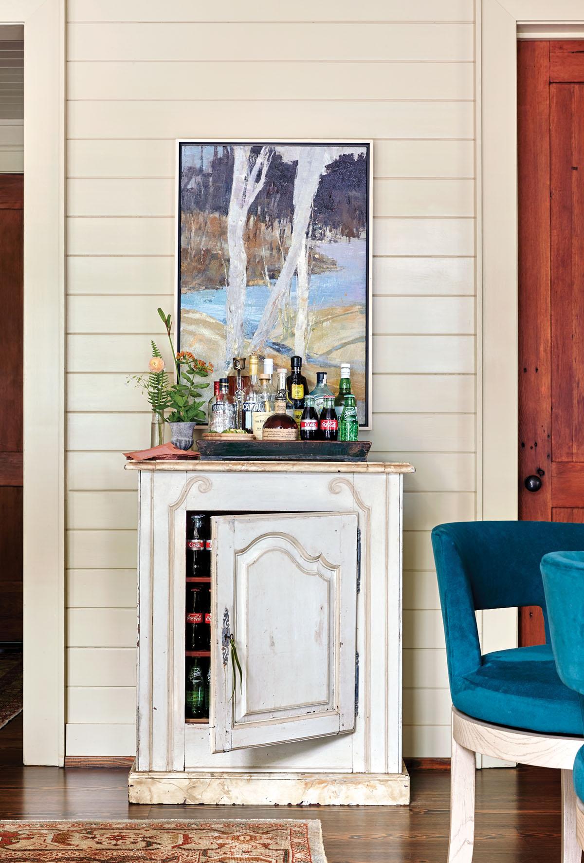 freestanding bar cabinet