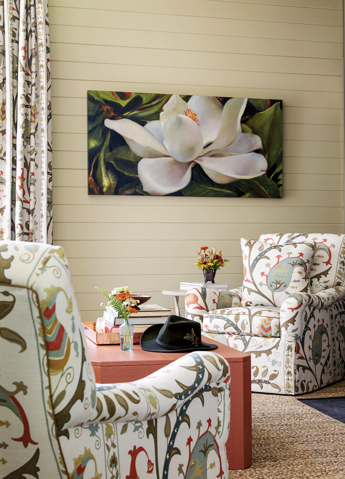 Flower magazine showhouse at Brierfield, living room seating, magnolia painting