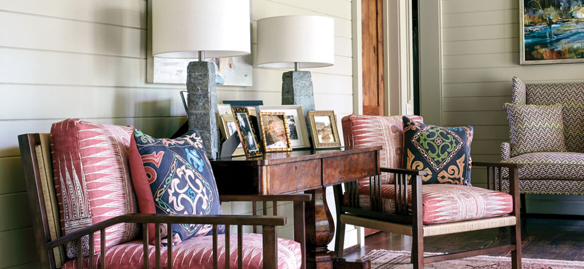 entryway gallery seating, Flower magazine showhouse at Brierfield