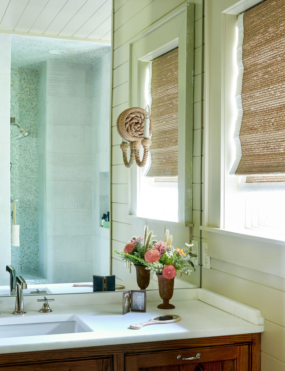 ensuite sink vanity, Flower magazine Showhouse