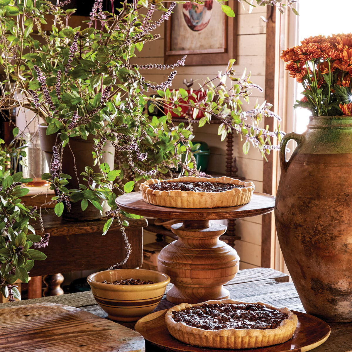 Pies that look this good become their own decoration on a beautiful table.