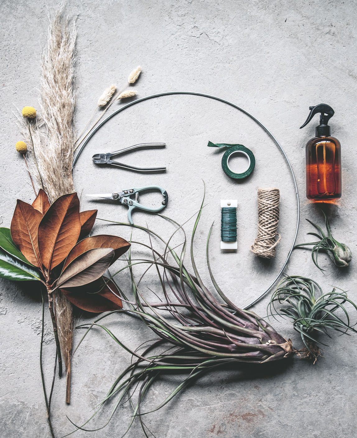 materials for air plant wreath how-to